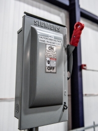 close-up-siemens-electrical-panel