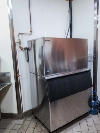 commercial-ice-maker-with-new-piping